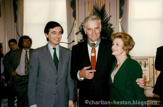 s-l1600Charlton Heston receives awards in Paris.jpg